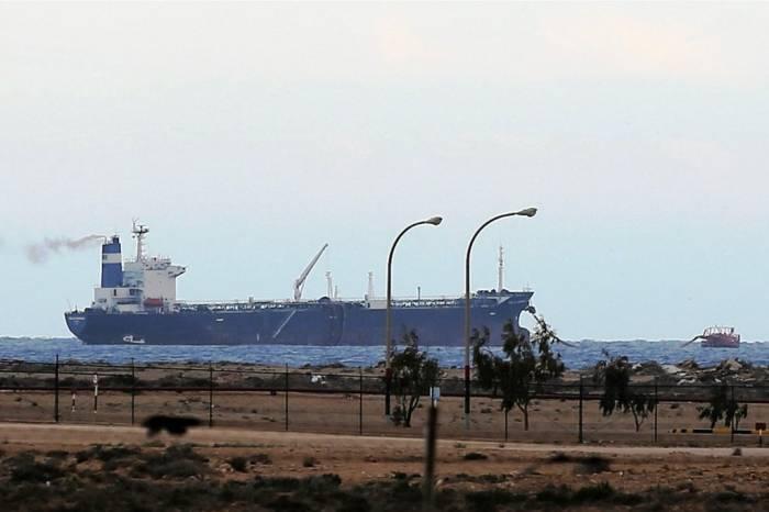 порт Брега в Ливии
