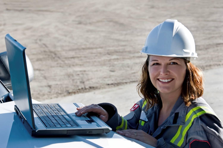 Что говорят женщины о работе в нефтегазовой отрасли