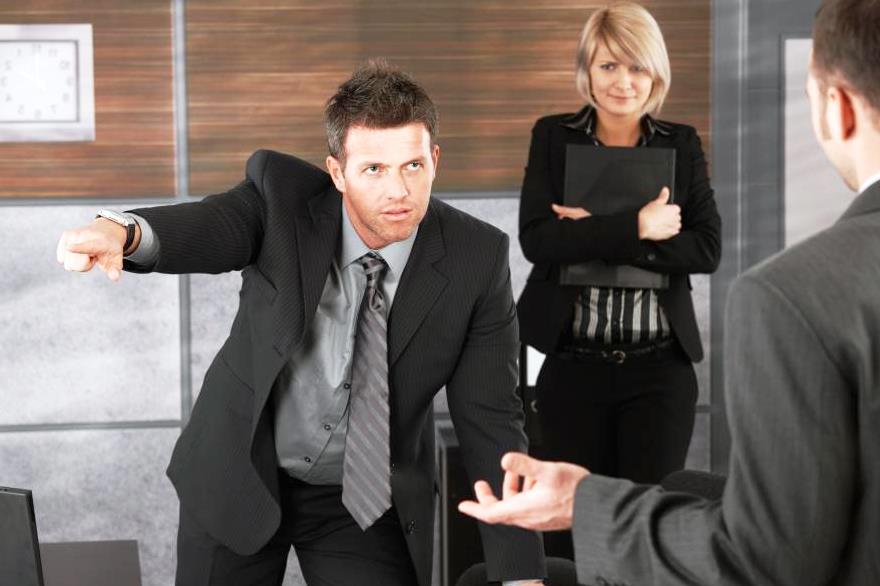 Как сделать так чтобы продавца уволили